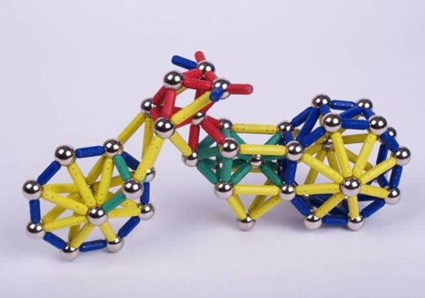 magnetic-stick-toys